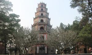 Bí ẩn lời nguyền 'oán tình duyên' ở chùa Thiên Mụ