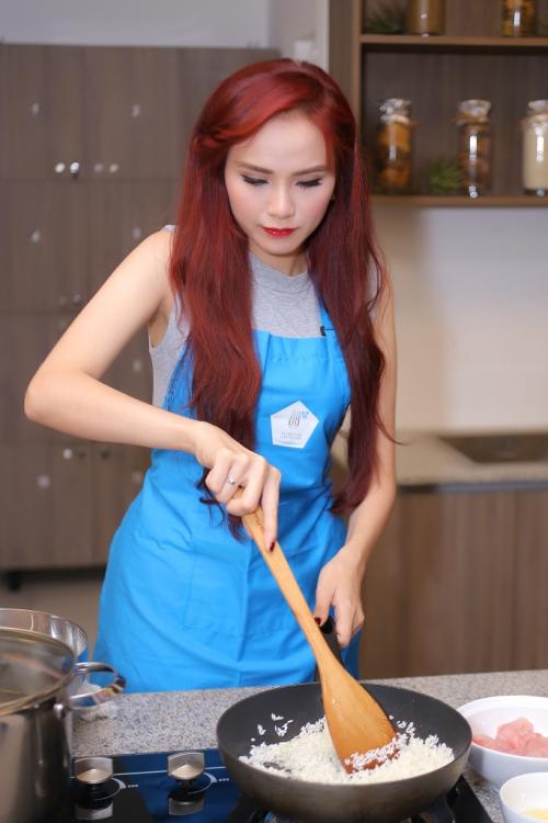 diem-huong-tro-tai-nau-an-duoc-chuyen-gia-nhat-khen-1