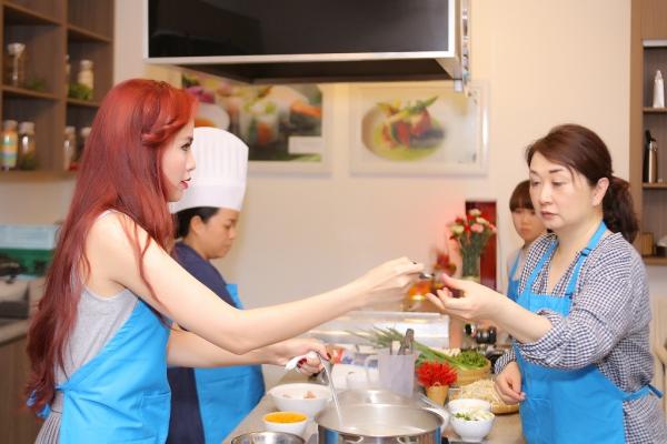 diem-huong-tro-tai-nau-an-duoc-chuyen-gia-nhat-khen-5