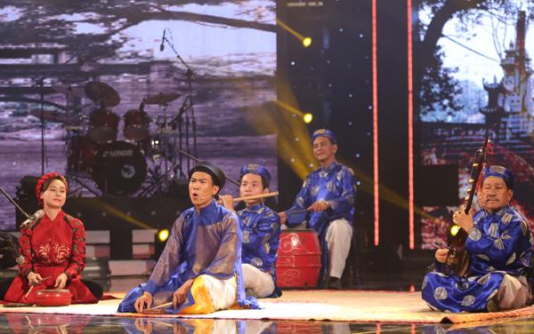 tay-trong-nhi-dot-chay-san-khau-got-talent-8