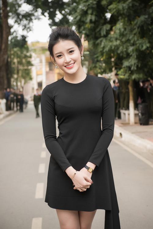 10-my-nhan-viet-trang-diem-dep-thang-3
