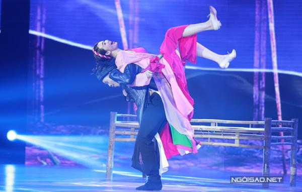 Khánh My tái hiện tại vở Ngêu, Sò, Ốc, Hến trên sân khấu 'Bước nhảy hoàn vũ 2016' qua bài múa dân gian, Jive và Tango. Cô phát huy khả năng diễn xuất hài trong lúc nhảy. Tuy nhiên, tiết mục của Khánh My không phải được tất cả giám khảo khen ngợi.