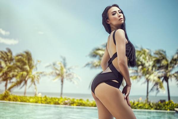 huyen-ny-nong-bong-cung-bikini-ruc-ro-4