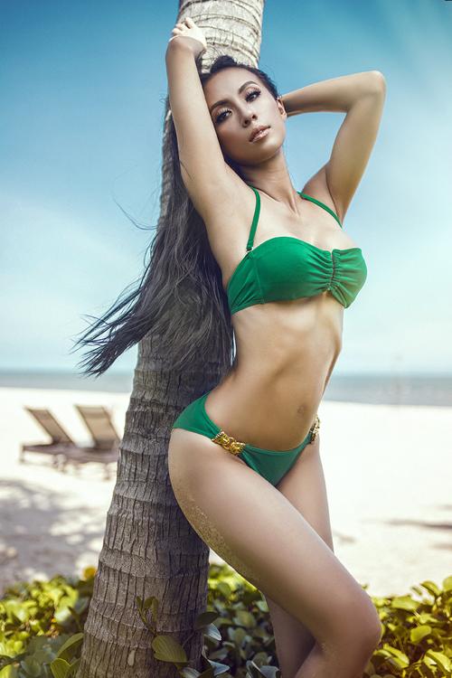 huyen-ny-nong-bong-cung-bikini-ruc-ro-3