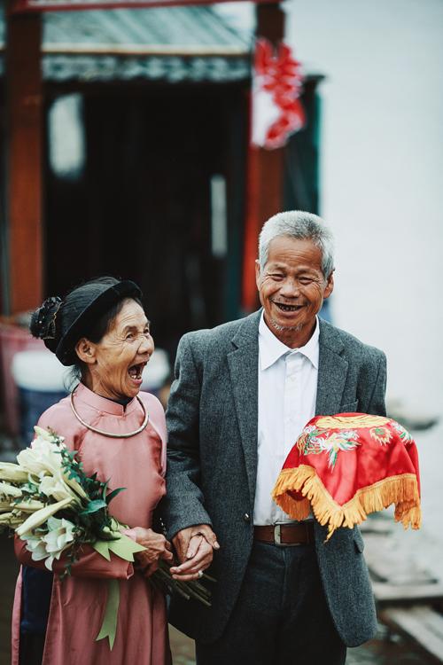chuyen-tinh-bai-rac-cua-vo-chong-ong-lao-47-nam-khong-lam-dam-cuoi-14
