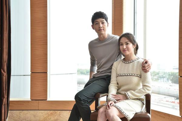song-hye-kyo-diu-dang-trong-vong-tay-song-joong-ki-2