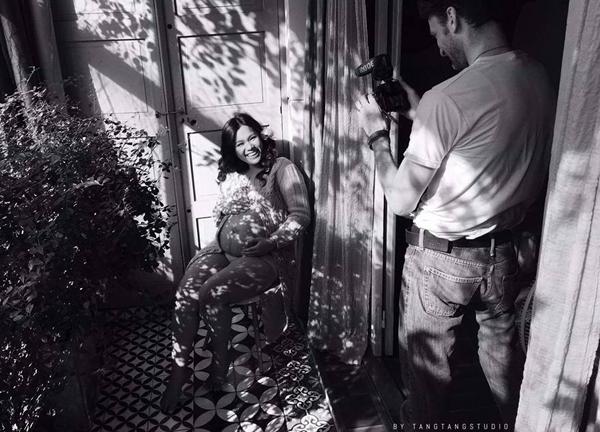 Phương Vy hạnh phúc trong bộ ảnh mới chụp ở những tháng cuối thai kỳ: