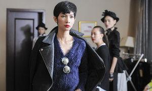 Xuân Lan làm đạo diễn catwalk show Kelly Bùi ở Thượng Hải