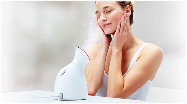 Xông hơi giúp làm mềm lỗ chân lông - bước quan trọng trong liệu trình detox da.