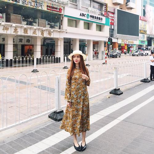 sao-viet-chon-street-style-chong-choi-voi-mua-nong-do-lua-6