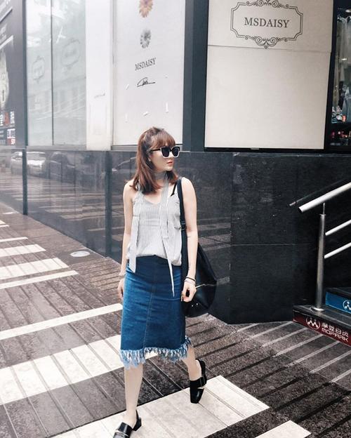 sao-viet-chon-street-style-chong-choi-voi-mua-nong-do-lua-7