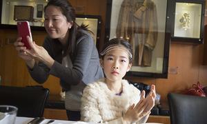 Bố mẹ Trung Quốc đổ tiền cho con học làm quý tộc