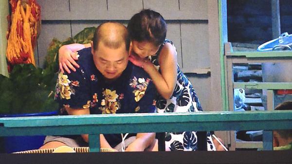 Thúy Hạnh khoe khoảnh khắc hai cha con bé Suti tình cảm bên nhau:
