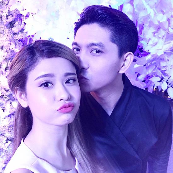 Vợ chồng Tim - Trương Quỳnh Anh tình tứ đi dự đám cưới Lương Thế Thành và Thúy Diễm: