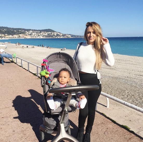 Vợ cũ Martial khẳng định 'chỉ muốn làm mẹ' khi trở về quê nhà nước Pháp.