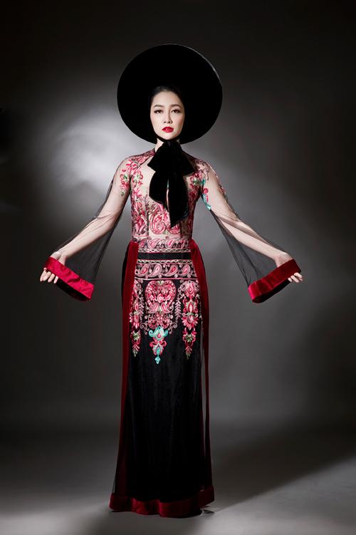 linh-nga-sexy-voi-ao-dai-xuyen-thau-4