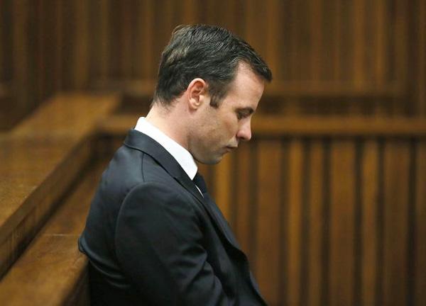 'Người không chân' luôn khẳng định giết nhầm Reeva Steenkamp nhưng các chứng cớ cho thấy có thể anh đã cố ý bắn bạn gái chứ không phải ngộ sát.