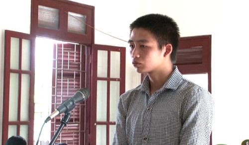 Bàn Tiến Hùng tại phiên tòa. Ảnh: Thanh Tuyền.