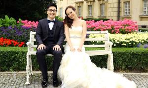 Cô dâu ở Anh lựa chọn đặt may váy từ xa của NTK Việt
