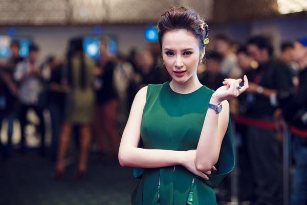 angela-phuong-trinh-khoe-trang-suc-tien-ty-3