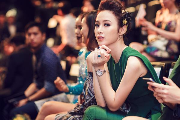angela-phuong-trinh-khoe-trang-suc-tien-ty-7
