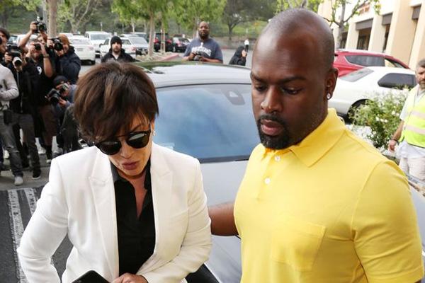 Bà Kris Jenner và người tình trẻ