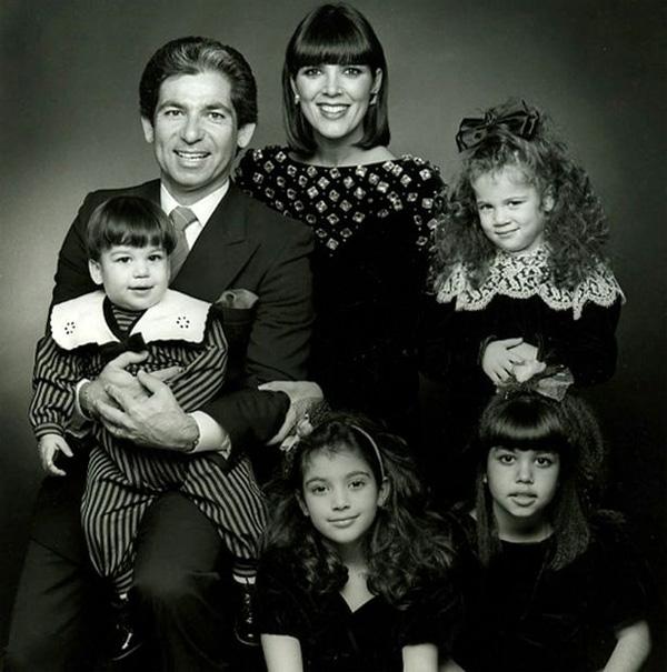 Bà Kris bên chồng cũ Robert Kadashian và các con K