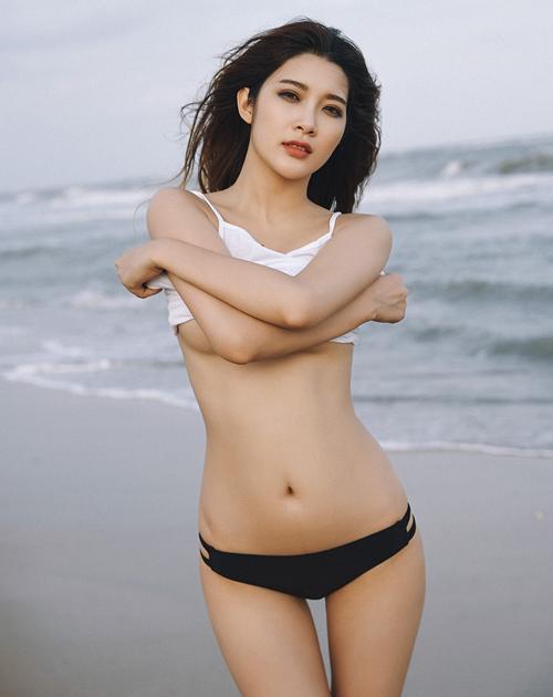 do-di-bien-cho-nang-sexy-10