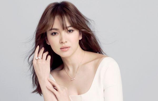 song-hye-kyo-kien-hang-trang-suc-lam-dung-hinh-anh