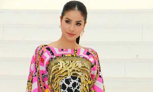 Phạm Hương mặc váy hiệu hơn 2.000 USD đi event