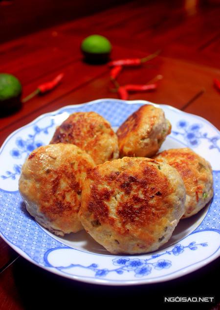 Món thịt viên đậu phụ chiên làm rất đơn giản, chỉ từ những nguyên liệu thân quen là bạn đã có được một món mặn thật ngon cho bữa ăn.
