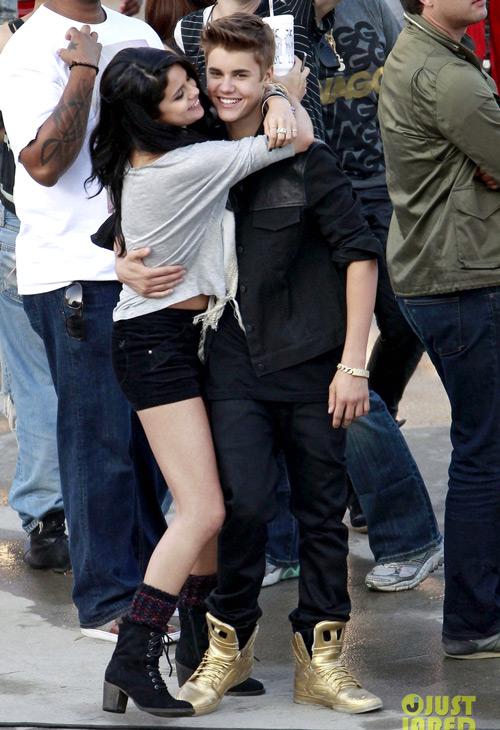 Justin Bieber và Selena Gomez khi còn yêu nhau nồng say.