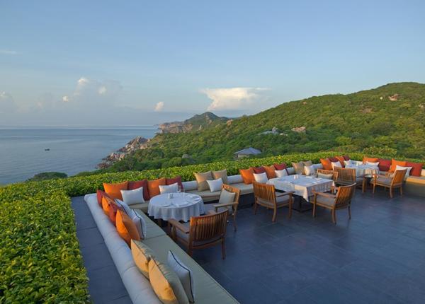 ben-trong-nhung-resort-dat-tien-nhat-tai-viet-nam-10