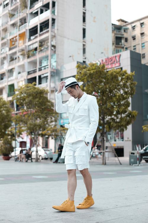 mau-viet-khoe-street-style-thanh-lich-tren-pho-4