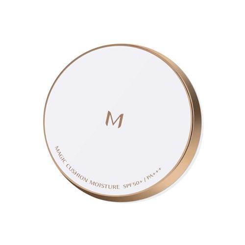 Missha M Magic Cushion Moisture Foundation có tác dụng chống lão hóa, dưỡng ẩm, cho lớp nền sáng mịn, tự nhiên cùng khả năng chống nắng cao với chỉ số SPF 50+/PA +++.