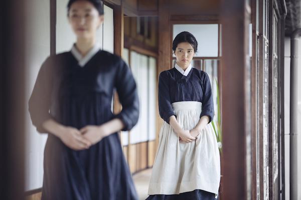 phim-han-19-gay-soc-voi-canh-bao-dam-tinh-duc-dong-gioi-9
