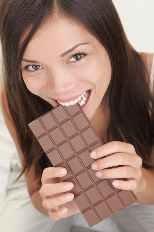 an-28-g-chocolate-den-moi-ngay-de-dep-tu-trong-ra-ngoai-1