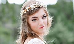 Cô dâu đẹp mơ màng với vương miện hoa