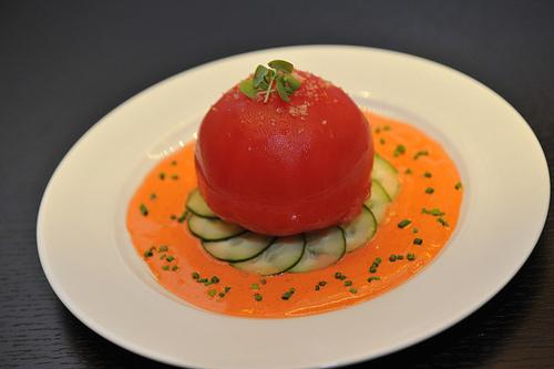 Món súp cà chua phô mai kiểu Hawaii được gia đình Tống ưa thích.