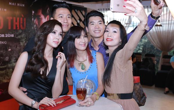 trinh-kim-chi-quyet-giat-chong-hien-mai-6