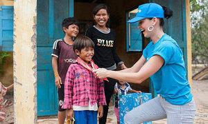 Katy Perry chia sẻ nỗi niềm xúc động sau khi đến Việt Nam