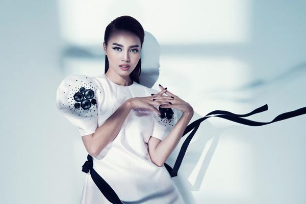 lan-ngoc-goi-cam-cung-bodysuit-7