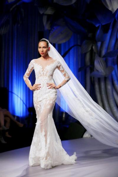 lac-vao-thanh-duong-cung-bst-cua-hacchic-bridal-1