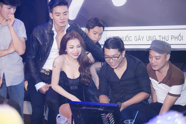 tra-ngoc-hang-hon-hieu-nguyen-say-dam-4