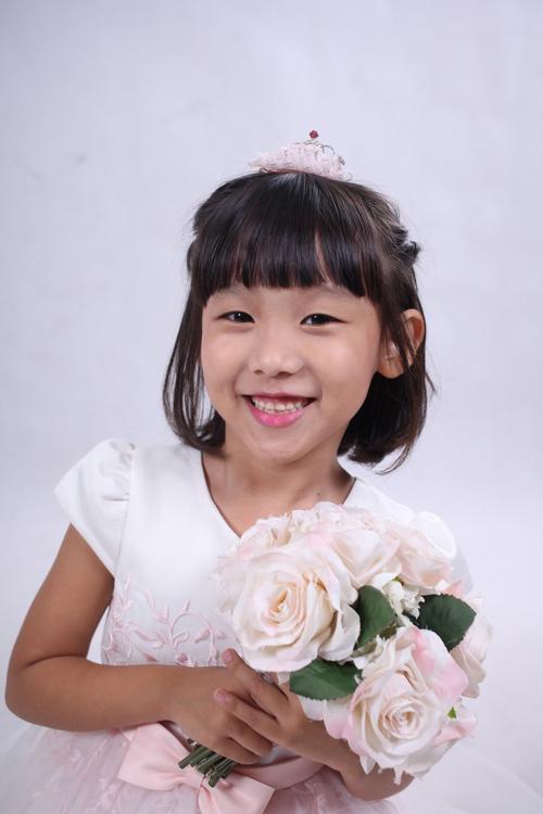 vo-chong-thai-thuy-linh-hanh-phuc-ben-con-chung-con-rieng-6