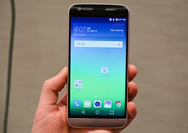 loat-smartphone-ra-mat-tai-viet-nam-thang-6-2