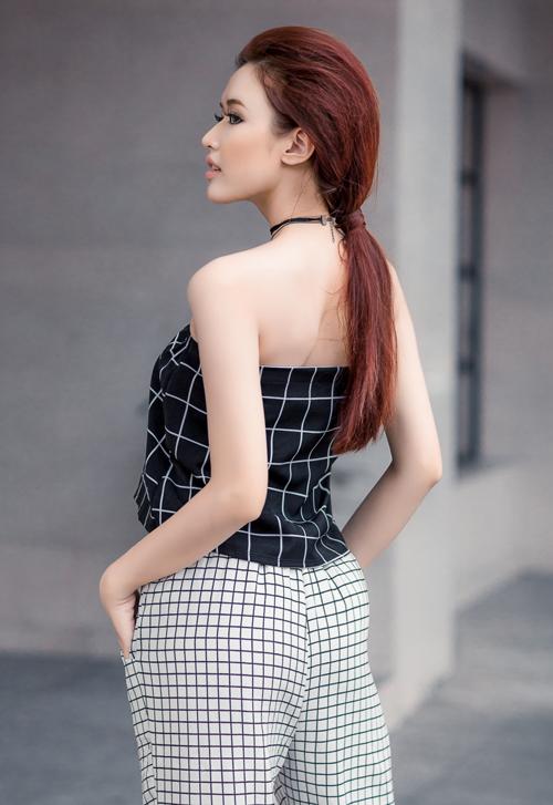 nu-hoang-trang-suc-phuong-chi-goi-cam-xuong-pho-4