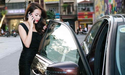 Hoàng Thuỳ Linh tất bật chạy show trong một ngày
