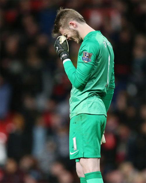 Thủ môn De Gea chịu sức ép lớn trước trận mở màn gặp CH Czech hôm nay.