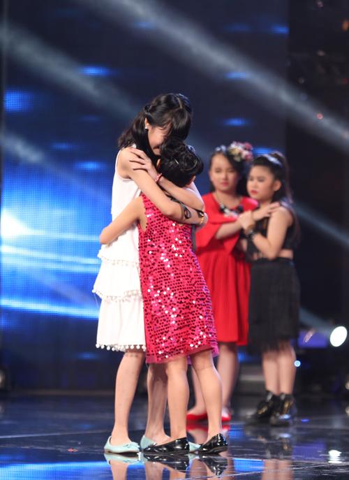 Mặc dù có một tiết mục thành công, được ban giám khảo khen ngợi nhưng Diệp Nhi đã phải tạm biệt cuộc thi vì có số lượng bình chọn từ khán giả. Cô bé nhỏ tuổi nhất cuộc thi đã rơi nước mắt trong giờ phút chia tay bạn bè.